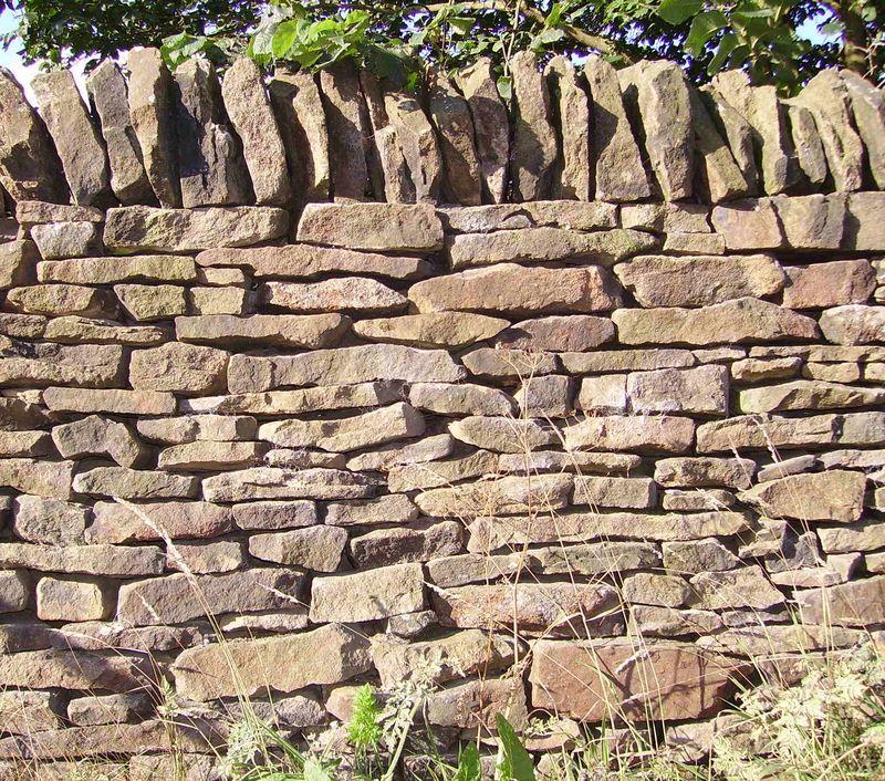 Dry_stone_wall_01
