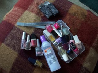 Contents of nailbox