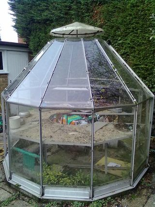 10-sided greenhouse