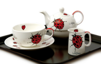 Ladybird_tea_set
